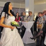 Foto Impressionen * Modenschau Brautmode bei der Hochzeitsmesse Moers im Hotel van der Valk durchgeführt von Bea´s Kleideratelier, Duisburg