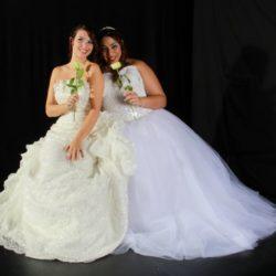 Brautkleider in Weiß und Ivory